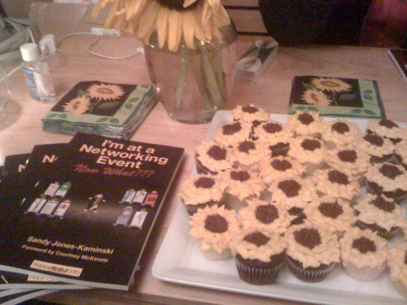 Sunflower Cupcakes courtesy of Bella Domain