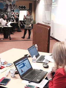 SandyJK and attendees in action at LinkedIn Essentials